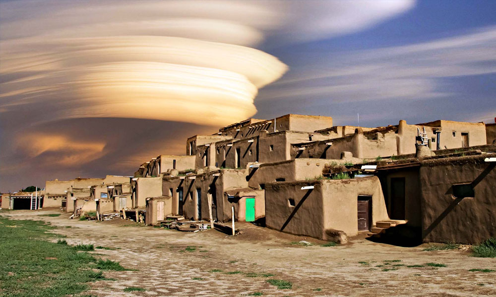 Taos Hum - New Mexico - Taos