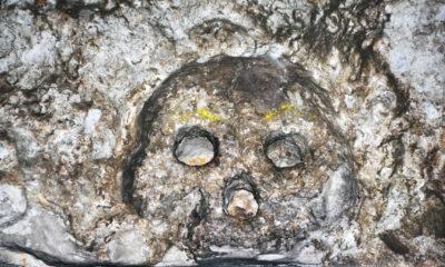 The Hellfire Caves - Peeping Skull